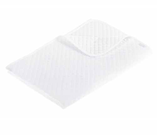 Quilted baby bedspread - white
