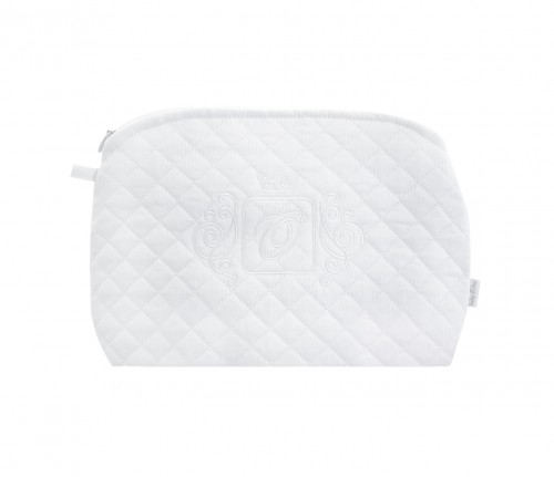 Quilted white beauty case